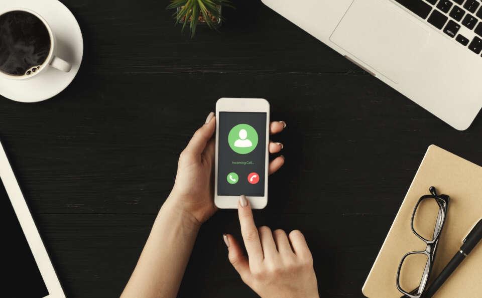 Das erste moderne Smartphone kommt in den USA auf den Markt